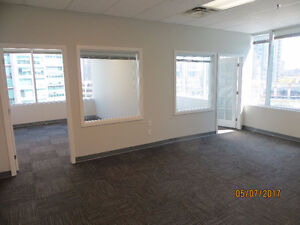 Prime office space in Crystal Office Tower / Metrotown