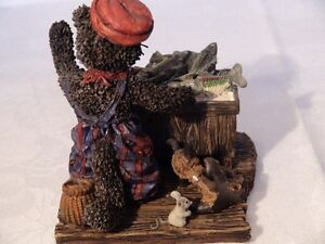 """Cottage Collectibles """"Sneakers-Something Fishy"""" Figurine London Ontario image 5"""