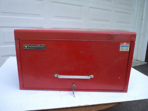 6 drawer Mastercraft tool Chest with Tools