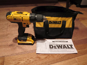 New20V Max Cordless Compact 1/2 drill, one battery and bag