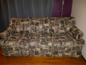 Free hide a bed couch