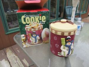 COOKIE JARS - CHRISTMAS / WINTER THEME (2 QTY) - REDUCED!!!!
