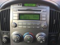2012 12 HYUNDAI I800 2.5 STYLE CRDI 5D AUTO 168 BHP 8 SEATS DIESEL