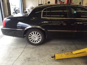Lincoln Town car E-Tested