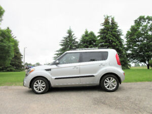 2013 Kia Soul 2U- Hatchback.  4 BRAND NEW TIRES!!  $52 per week