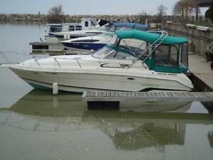 1997 Rinker Boat Co 280 Fiesta Vee