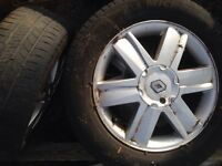 "16"" Renault alloys with tyres"