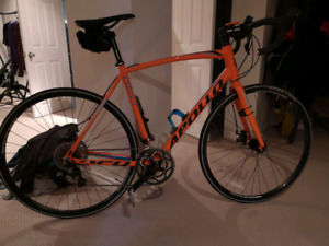 Used Apollo Giro road bike. -end of season sale