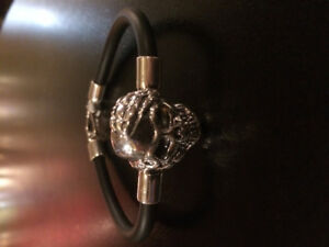 Hand Made Bracelet Silver925 Skull Black Rubber by Bijoux Viara