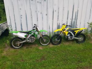 2006 Kawasaki KXF250 dirt bike
