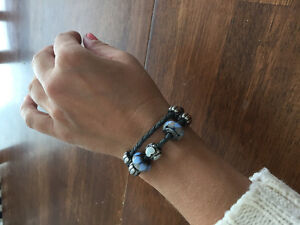 Pandora leather grey with 2 charms