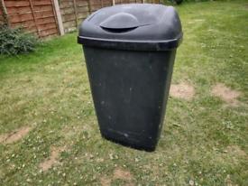 50L plastic dust bin