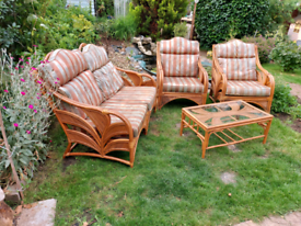 Garden conservatory furniture to renovation sofa 2 armchairs and coffe
