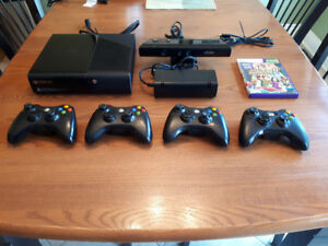 500GB XBOX 360 Kinect. Good condition. Asking 125.00