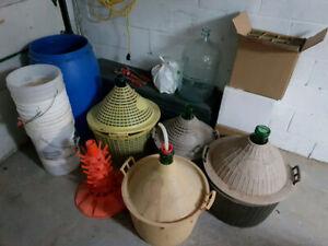 Ensemble de fabrication de vin Cruches 25 30 54 et 54 litres