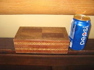 boite en bois antique