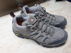 Men's Merrel Hiking Shoes