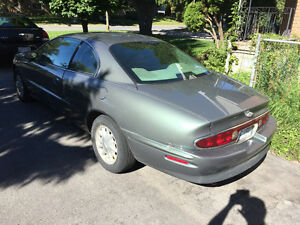 1998 Buick Riviera Coupe (2 door), parts car Kingston Kingston Area image 7