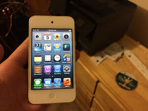 iPod Touch 4th Generation 8GB - Great Condition