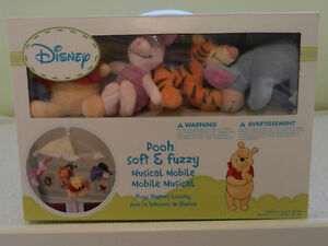 Winnie the Pooh (and friends) Musical Mobile for a Crib wow Cambridge Kitchener Area image 6