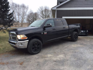2010 Dodge Ram Mega Cab Short Box 2500 SLT 6.7 Cummins 4x4