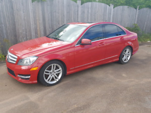 2013 Mercedes-Benz C 300 **SUPER CLEAN**ONE OWNER**WOW**