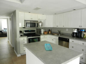 3 bedroom, 2 bath beautifully renovated condo