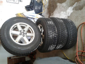 Tires on  rims   06  07  Volvo SUV