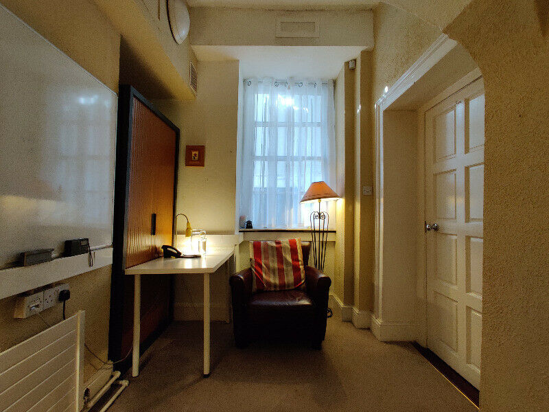Fully Serviced Counselling/Therapy Room for Rent in Beautiful Merrion Square Georgian Building