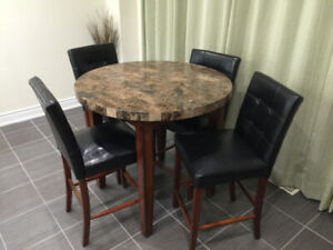 Brampton Buy Or Sell Dining Table Amp Sets In Mississauga
