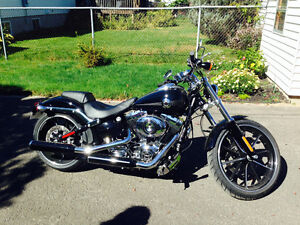 Harley Davidson Breakout 2014 ** As brand new