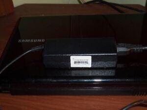 Ordinateur Portable SAMSUNG à vendre . **URGENT**