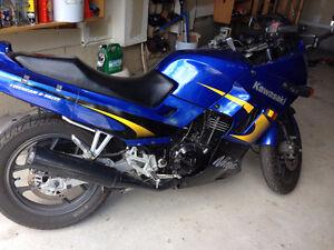 selling 2004 kawasaki ninja 250cc