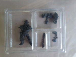 Warhammer 40k 54mm inquisitor witch hunter tychus missing base