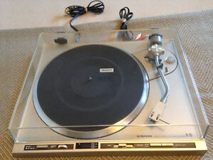 DIRECT DRIVE PIONEER PL-255 TURN TABLE FULL AUTOMATIC