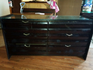 Nice Dresser with glass top good
