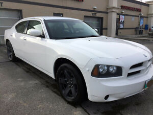 2010 Dodge Charger with a safety in VGC