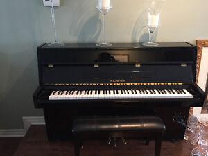 Klavier Black Upright Piano