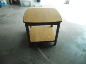 SQUARE OAK TABLE 27 X 27 INCHES WITH BOTTOM SHELF