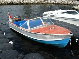 15ft Aluminum Springbok speedboat with split windshield 40hp