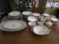 Set Vaisselle Antique Elite works Limoges France