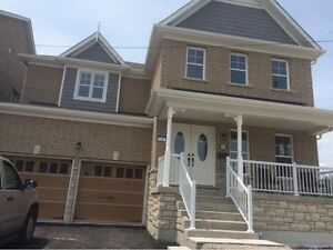 HUGE 5 Bed HOUSE for RENT Available in ALLISTON ON