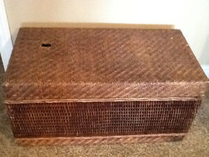 Wicker coffee table/ Toy Box