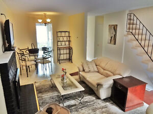 WOW Rent Fully Furnished townhouse Three or four Bedroom Sarnia