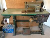 INDUSTRIAL SEWING MACHINE $500 OR BEST OFFER