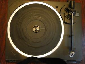 Technics Vintage Turntable