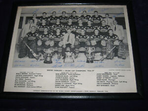 8x10 WHITBY DUNLOPS 1958 WORLD CHAMPIONS WITBY HARRY SINDEN