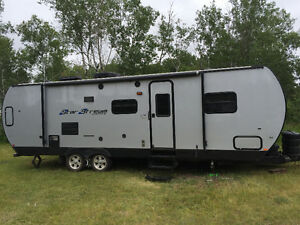 Immaculate 28ft. Star stream bumper pull camper. With lrg slide.