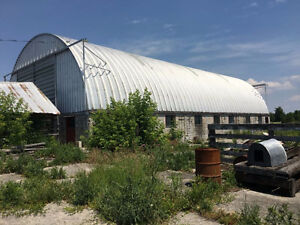 Multiple Barns For Rent In Stirling Area $3500/Year