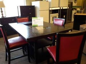 *** USED *** ASHLEY TRISHELLE 5PC RED DINETTE   S/N:51183117   #STORE228